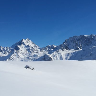 Gd Combin à gauche et Mt Vélan à droite